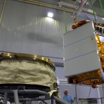 Sentinel-5p Lifting operations (credits: Eurockot)