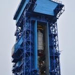 Hang in there - Lifting of the Ascent Unit almost complete (Credits: Eurockot)