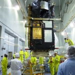 Hoisting of Sentinel-3B onto railcar dolly (Credits: Eurockot)