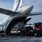 Offloading the Sentinel-3B spacecraft (credits: Eurockot Launch Services)